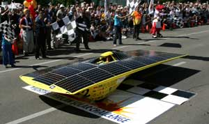 Solar car that won the 2005 North American Solar Challenge.  Photo by Stefano Paltera.